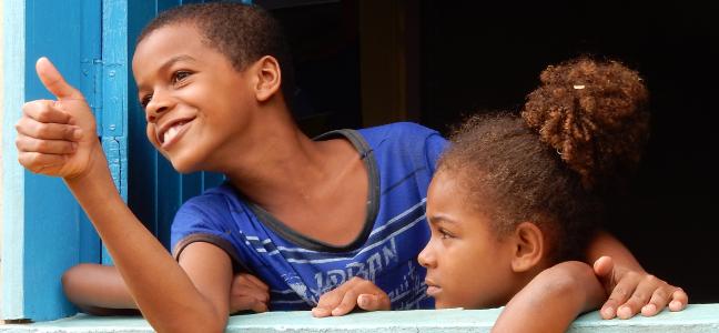 Inquiète, la jeunesse brésilienne s'active
